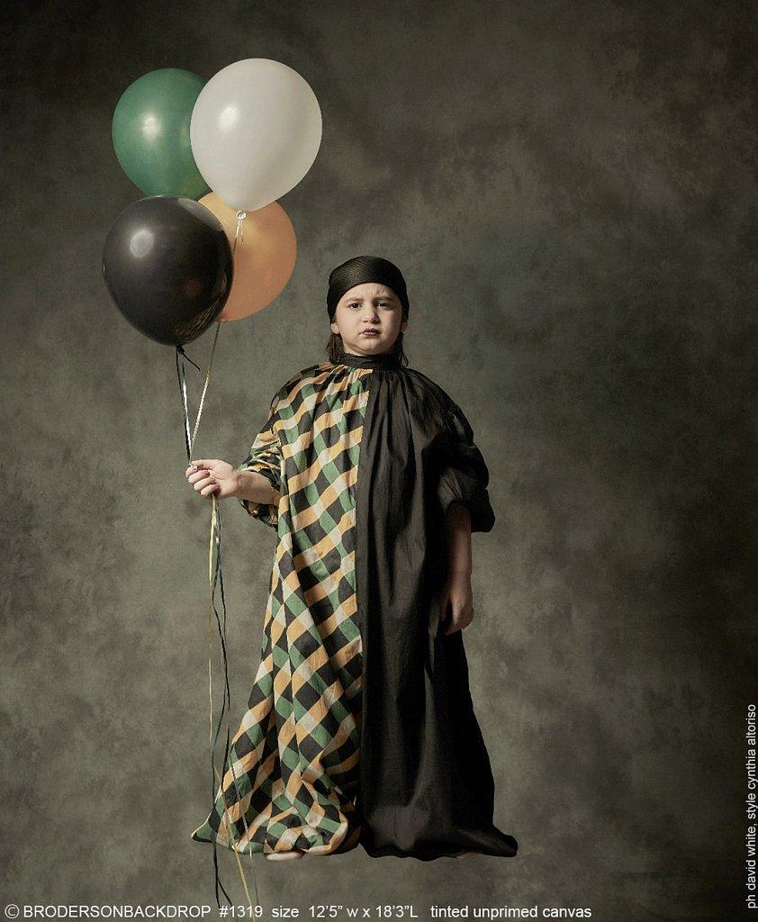 1318-harlequin-balloonboy.jpg